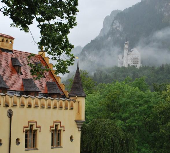 Hohenschwangau and Neuschwanstein castles