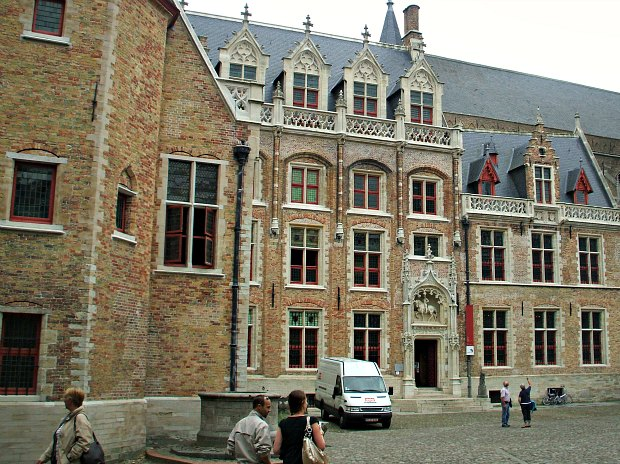 Bruges Gruuthuse Museum new