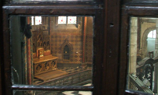 Bruges Gruuthuse window to Church