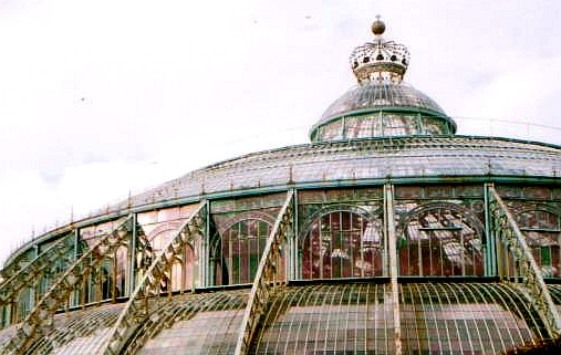 Brussels royal glasshouses close (www.free-city-guides.com)