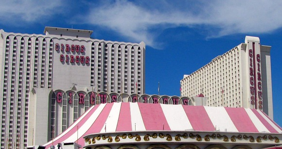 Las Vegas Circus Circus Outside (www.free-city-guides.com)