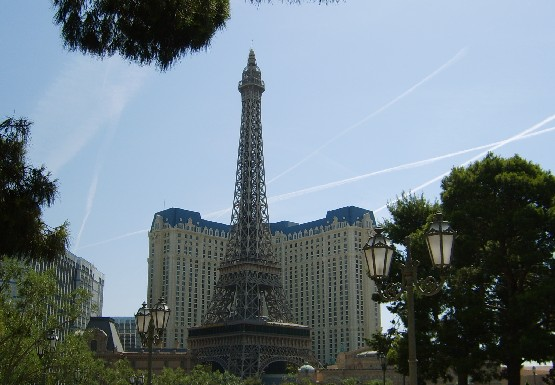 paris hotel eiffel tower las vegas ticket prices hours free
