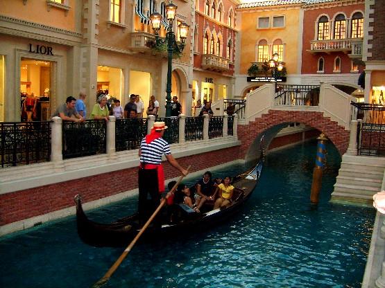 Las Vegas Venetian indoor canal