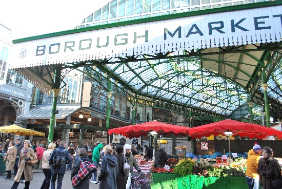 London Borough Market entrance (www.free-city-guides.com)