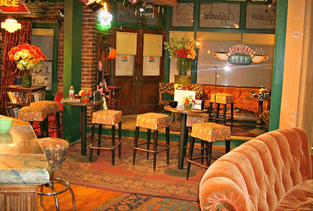 Los Angeles Waarner Bros Studio Tour Central Perk Set