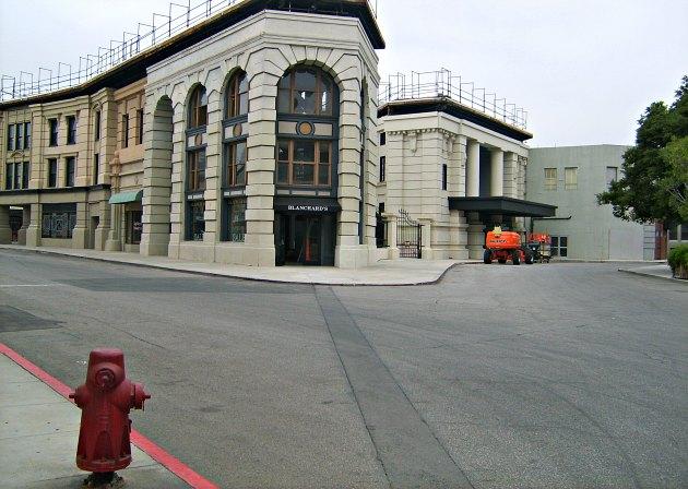 Los Angeles Warner Studio Tour Backlot 2