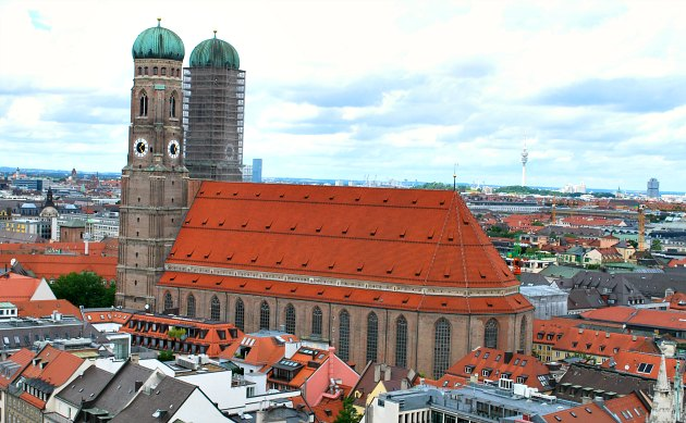 Munich Frauenkirche exterior view