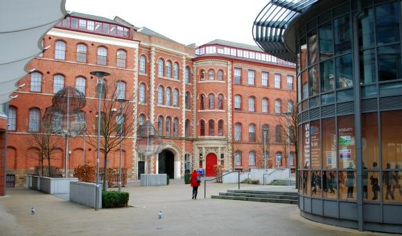 Nottingham Lace Market Square (www.free-city-guides.com)