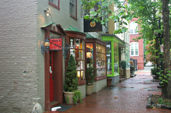 Washington Georgetown shops (www.free-city-guides.com)