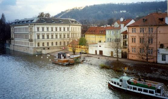 Prague Mala Strana (www.free-city-guides.com)