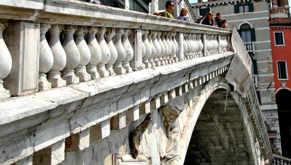 Venice Rialto Bridge close