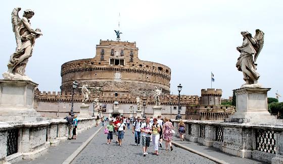Rome Castel Sant Angelo (www.free-city-guides.com)