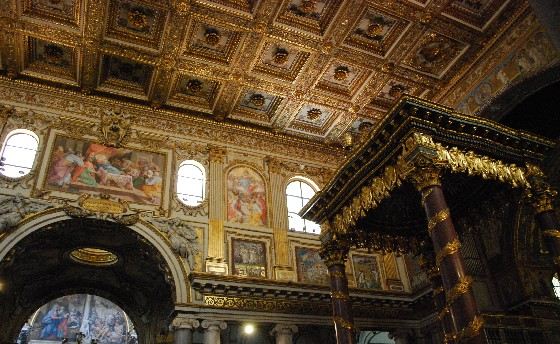 Rome Basilica di Santa Maria Maggiore altar (www.free-city-guides.com)