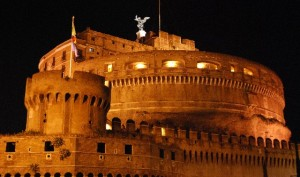 Rome Castel Sant Angelo at night (www.free-city-guides.com)