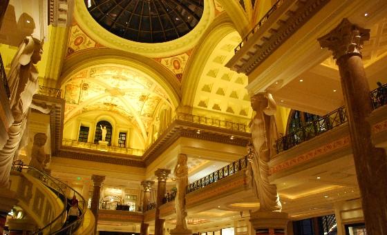 Las Vegas Forum Shops (www.free-city-guides.com)