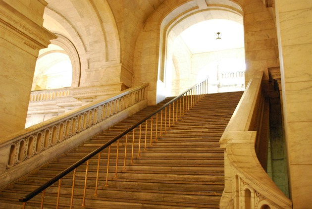 The New York Library stairs used in Sex and The City
