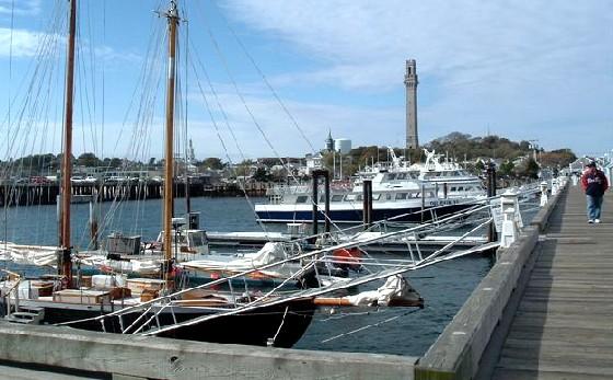 New England Provincetown Quayside (www.free-city-guides.com)