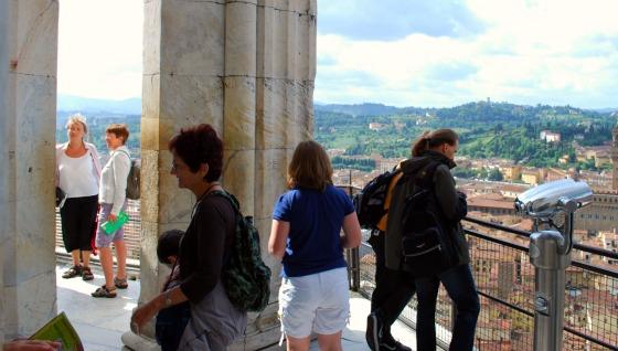 Florence Duomo dome climb top platform (www.free-city-guides.com)