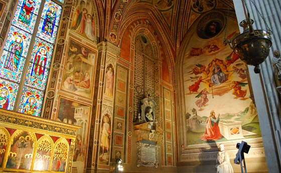 Florence Santa Croce painted chapel (www.free-city-guides.com)