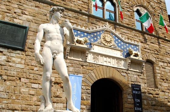 Florence Piazza della signoria michelangelos david (www.free-city-guides.com)