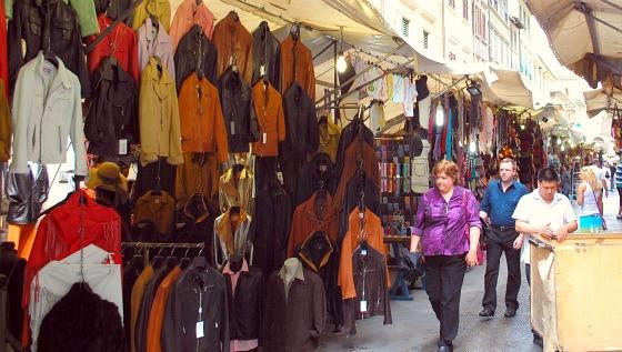 Florence San Lorenzo Market close up (www.free-city-guides.com)