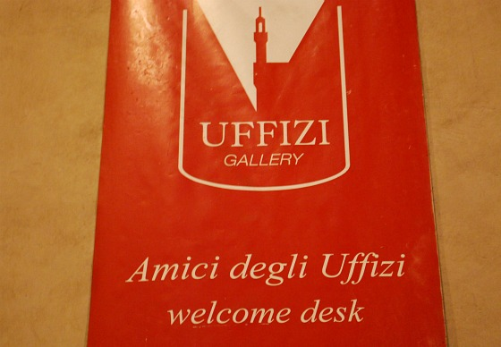 Florence Uffizi Gallery sign (www.free-city-guides.com)