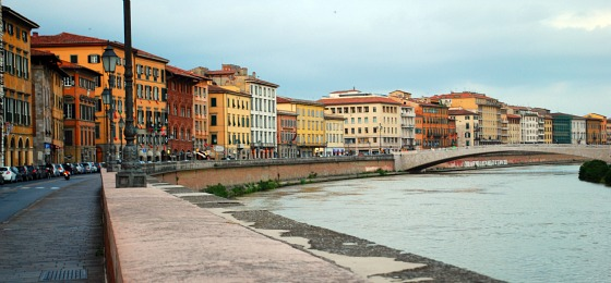 Pisa River Arno (www.free-city-guides.com)