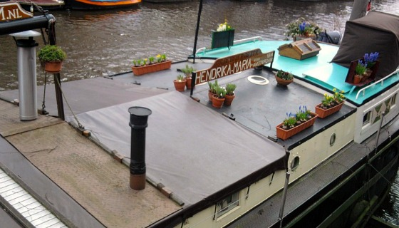 Amsterdam Houseboat Museum roof