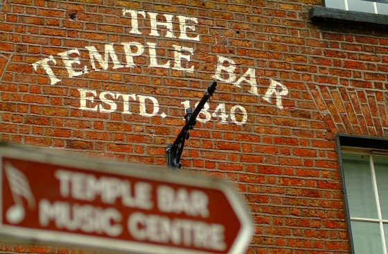 Dublin Temple Bar Sign