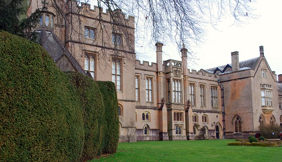Nottingham Newstead Abbey side (www.free-city-guides.com)