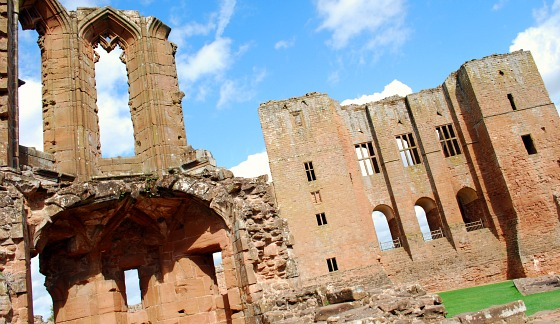 Kenilworth Castle ruins (www.free-city-guides.com)