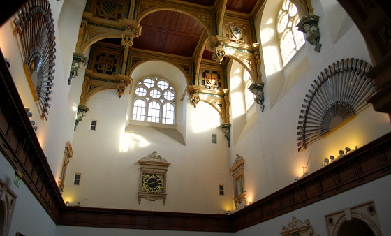Nottingham Wollaton Hall interior (www.free-city-guides.com)