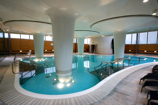 Thermae Bath Spa Minerva Dave Saunders