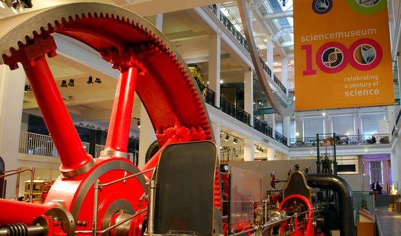 London Science Museum Steam Wheel (www.free-city-guides.com)