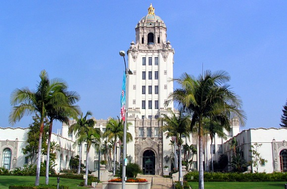 Los Angeles Beverly Hills City Hall (www.free-city-guides.com)