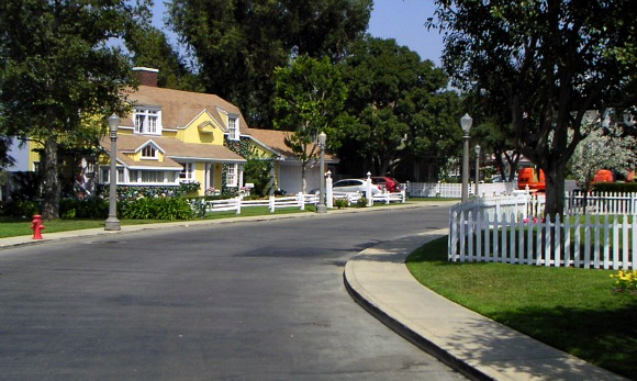 Los Angeles Universal Studios Wisteria Lane Set