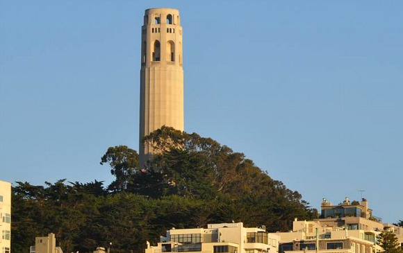 San Francisco Coit Tower (www.free-city-guides.com)