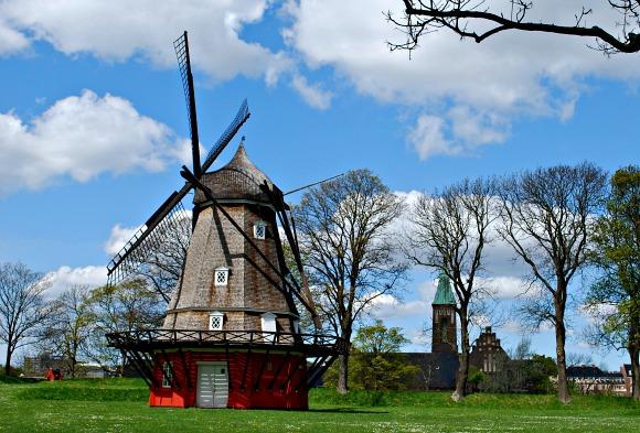 Copenhagen Kastellet Windmill (www.free-city-guides.com)