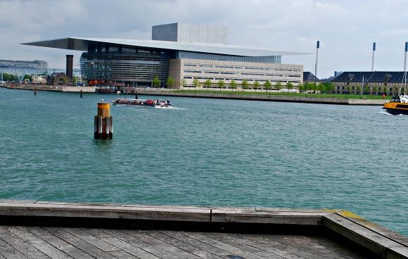 Copenhagen Opera House (www.free-city-guides.com)