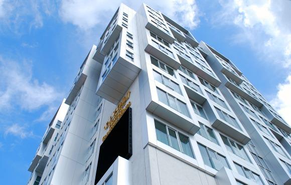 Copenhagen Tivoli Hotel exterior (www.free-city-guides.com)