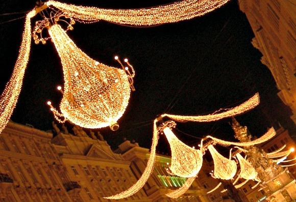 Vienna Christmas Lights Main Street