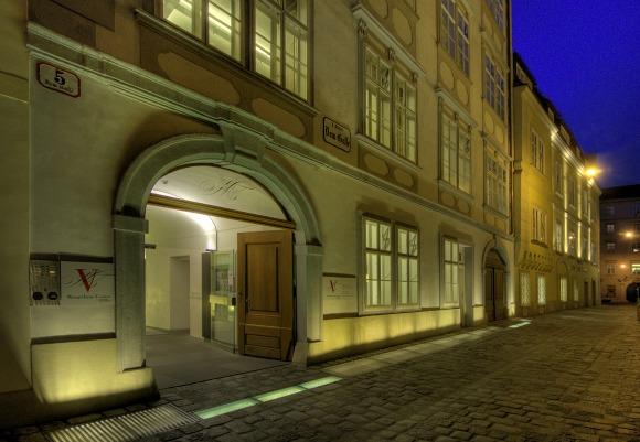 Vienna Mozarthaus Exterior Night