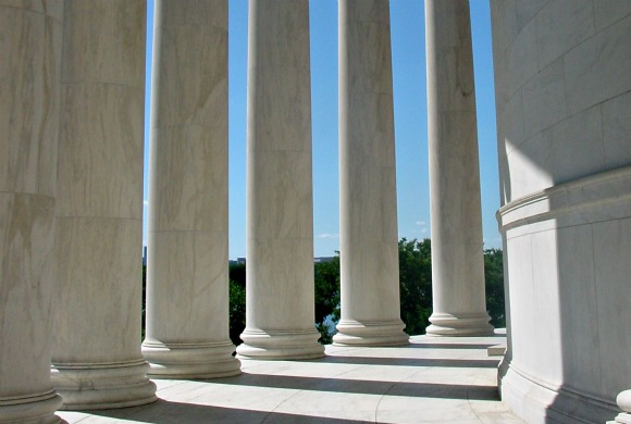 Washington Jefferson Memorial columns daytime
