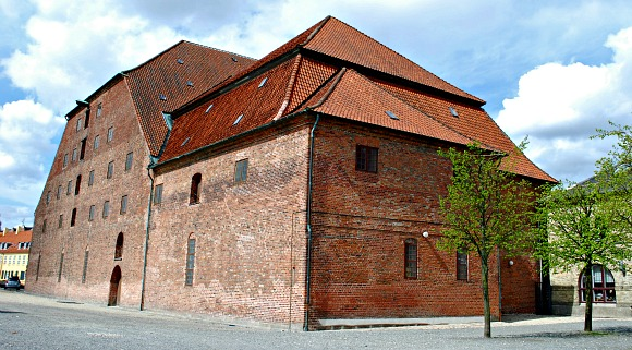 Copenhagen Slotsholmen brewhouse (www.free-city-guides.com)