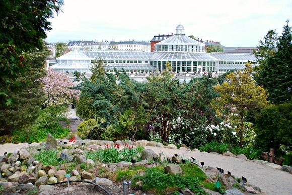 Copenhagen Botanic Gardens wide (www.free-city-guides.com)
