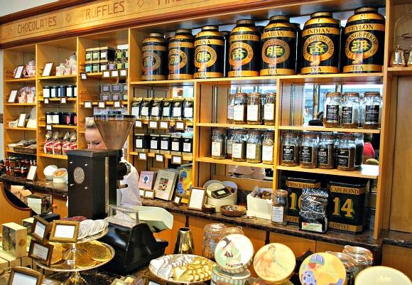 York Bettys Shop (www.free-city-guides.com)