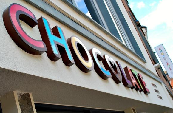 York Chocolate sign (www.free-city-guides.com)
