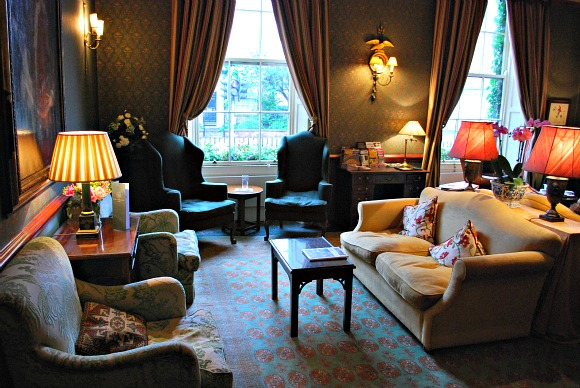 York Grange Hotel Sitting Room (www.free-city-guides.com)