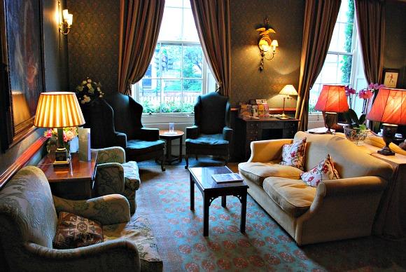 York Grange Hotel Sitting Room (www.free-city-guides.com)