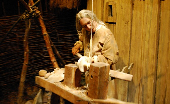 York Jorvik Model Carpenter (www.free-city-guides.com)